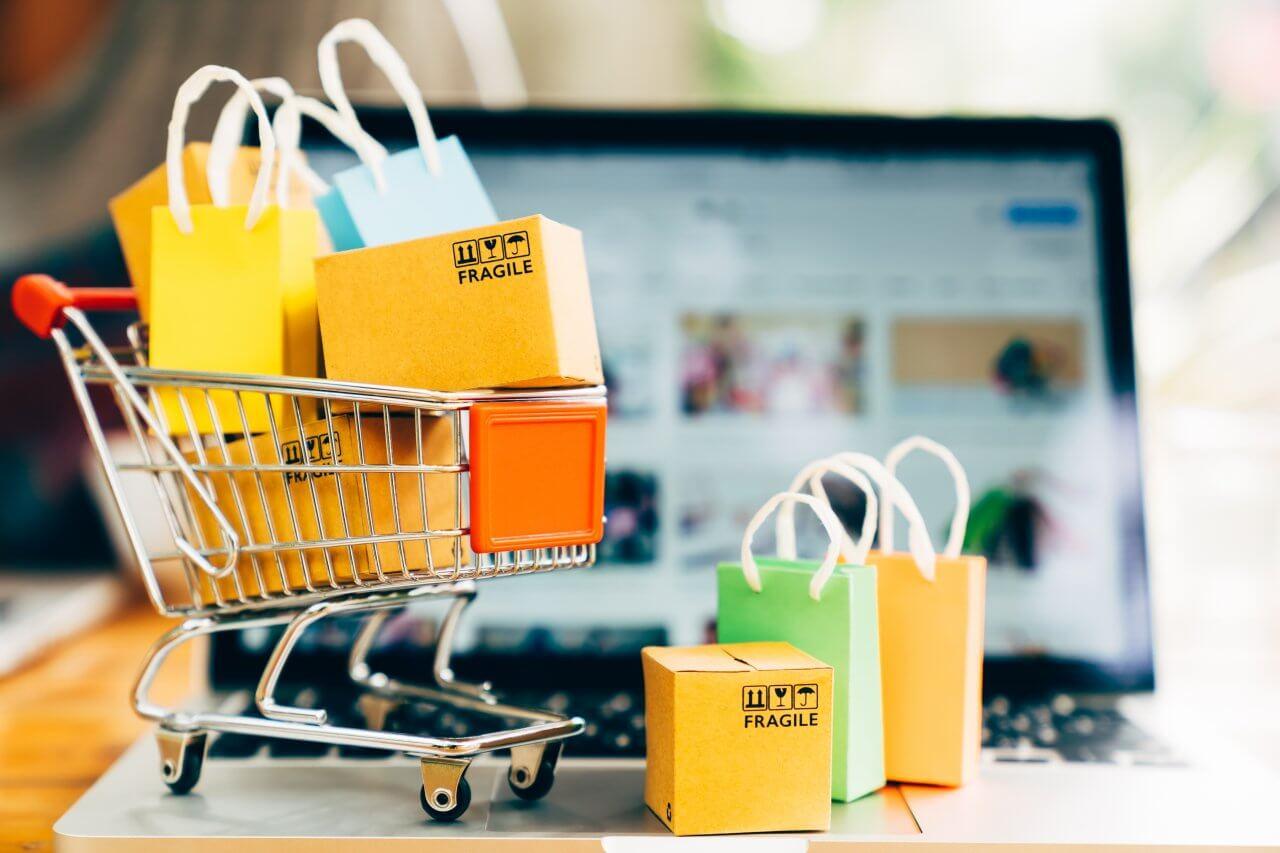 Cập nhật kho hàng trên cửa hàng thương mại điện tử của bạn để thúc đẩy mọi người mua lại
